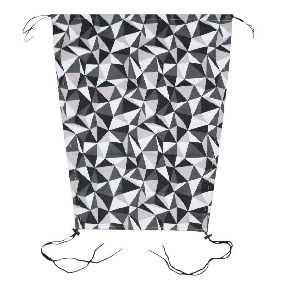 Sluneční clona na kočárek s UV filtrem na šňůrky - šedé trojúhelníky