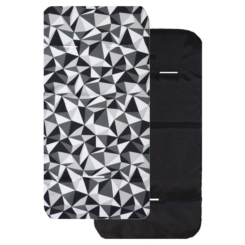 Universální podložka do kočárku - šedé trojúhelníky/ černá
